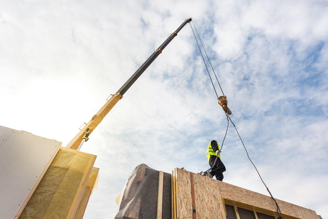 Modular Crane Worker_WEB