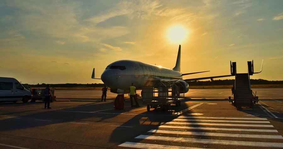 Plane-on-ground-UnSplash-WEB-1