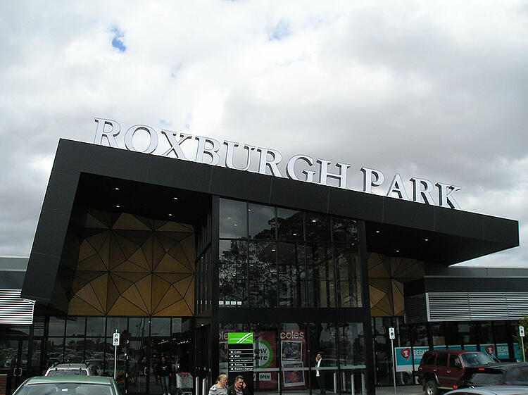 Roxburgh-Park-Shopping-Centre.jpg